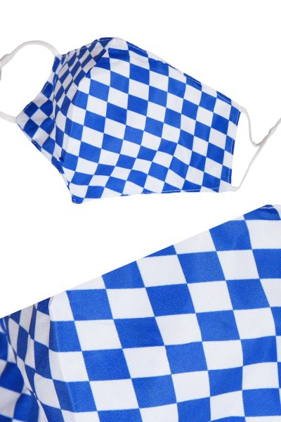 Bayern Maske als Mundbedeckung in weiß blauen Rauten