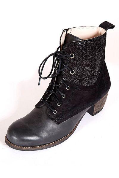 Trachten Stiefel für Damen in schwarz mit Absatz